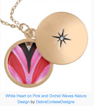 DCD_WhiteHeartPinks_GoldLocketNecklace